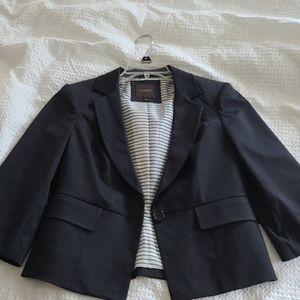 The limited medium black blazer jacket